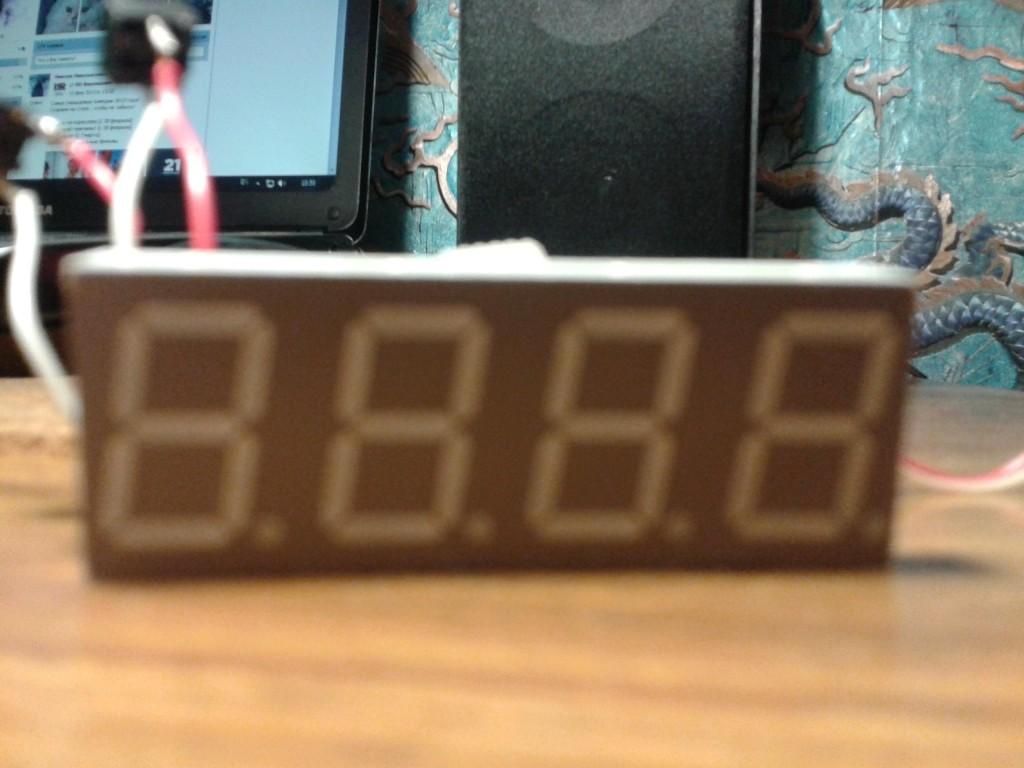 Фото почти готовых электронных часов